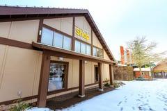 Der Souvenirladen von Oregon-Zoo in Washington Park-Station am Winter Stockfotografie