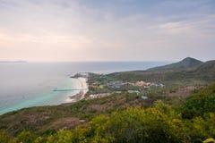 Der Standpunkt von Koh Larn-Insel in Pattaya, Thailand stockbild