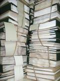 Der Stapel von Archivpapieren stockfotos