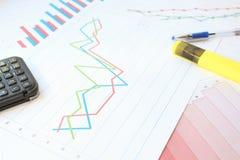 Der starke Anstieg im Diagramm lizenzfreie stockfotos