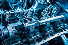 Der starke Motor eines Autos Internes Design der Maschine Autoenglisch Stockfoto