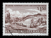 Der Stempel, der in Österreich gedruckt wird, zeigt Eisenbergbau bei Erzberg Lizenzfreie Stockfotografie