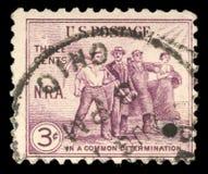 Der Stempel, der in den Vereinigten Staaten gedruckt wurde, widmete sich die nationale Wiederaufnahme-Tat, Landwirtschaft, Kunst, stockfoto