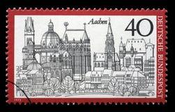 Der Stempel, der in Deutschland von der Tourismusfrage gedruckt wird, zeigt Aachen Lizenzfreie Stockfotografie