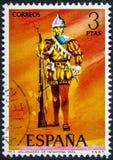Der Stempel, der in Spanien gedruckt wird, zeigt Arquebus von Infanterie 1534 lizenzfreie stockbilder