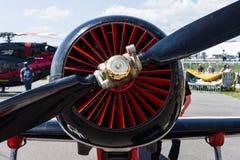 Der Sternmotor Vedeneyev M-14P des Trainers/der aerobatic Flugzeuge Yakovlev Yak-50 Stockbild