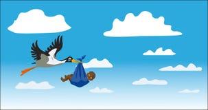 Der Storch trägt das Kind Lizenzfreie Stockfotografie