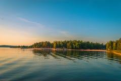 Der Strand auf einem finnischen See in Turku Stockfotografie