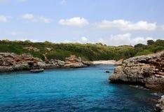 Der Strand in einer ruhigen Bucht. Mallorca. Spanien Stockfotos