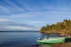 Der Strand-Ladogasee-Skerries Karelien stockfoto