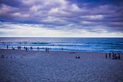 Der Strand und die Landschaft im Surfer-Paradies auf dem Gold Coast Lizenzfreies Stockbild