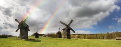 Der Sturm über Windmühlen Stockfotografie