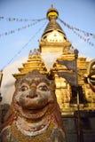 Der Swayambhunath-Tempel in N Lizenzfreies Stockfoto