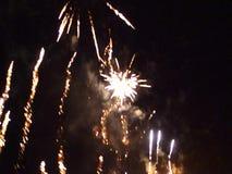 Der Sylvesterabende Feuerwerke 2016 stock footage