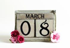 Der Tag der Frau am 8. März mit Kalenderblock Stockfotografie