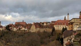 Der Tauber do ob de Rothenburg, vila alemão Imagem de Stock