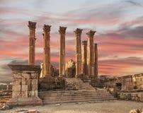Der Tempel der Artemis in der alten römischen Stadt von Gerasa bei dem Sonnenuntergang, Voreinstellung-tägiges Jerash Stockbilder