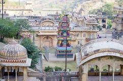 Der Tempelkomplex Affe-Tempel Galta Li in Indien Jaipur Lizenzfreie Stockfotos