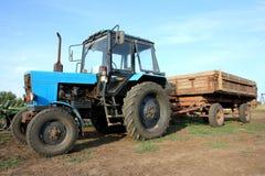 Der Traktor stockbild