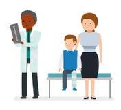 Der Traumatologist der Junge brach sein Bein und saß auf der Couch mit seiner Mutter vektor abbildung