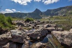 Der Trefoil See, die sieben Rila Seen, Rila-Berg Stockfotografie