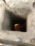 Der Tunnel überfiel Soldaten in Vietnam lizenzfreie stockbilder