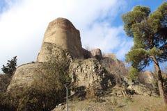 Der Turm der Narkala-Festung in Tiflis im Winter Stockbild