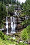 Der Vallesinella-Wasserfall in den Dolomit von Trentino, Italien Lizenzfreies Stockbild