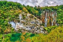 Der Veliki-Klaps-Wasserfall in den Plitvice Seen Nationalpark, Kroatien stockfoto