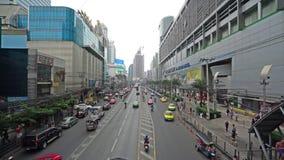 Der Verkehr in Bangkok stock video