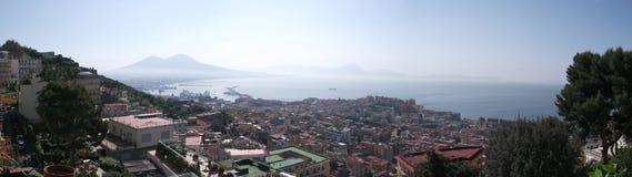 Der Vesuv panoramisch Lizenzfreie Stockbilder
