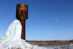 Der Wasserturm unter dem Offenen Himmel Lizenzfreies Stockbild