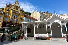 Der weiße Pavillon der Markt-Kolonnade lizenzfreie stockfotos