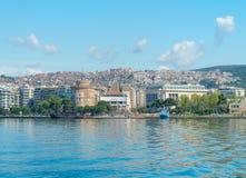 Der weiße Turm des Symbols und des Marksteins Saloniki-Stadt stockbilder