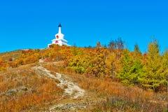 Der weiße Turm und die Späthölzer Stockfoto