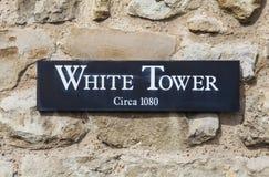 Der weiße Kontrollturm am Tower von London Lizenzfreie Stockfotografie