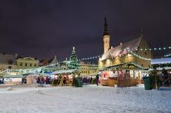 Der Weihnachtsmarkt in Tallinn Stockfotos