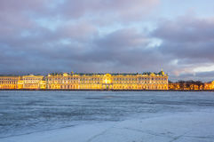 Der Winter-Palast in St Petersburg Stockbild