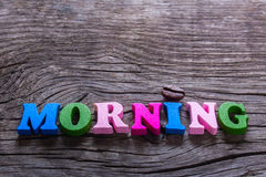 Der Wortmorgen im Holz und im Kaffee stockbilder