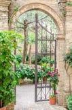 Der Zaun für den Garten Stockfotografie