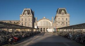 Der zentrale Bahnhof von Ostende stockfotos
