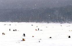 Derby della pesca sul ghiaccio Immagini Stock