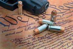 Derecho llevar los brazos Imagen de archivo libre de regalías