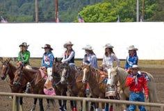 Derechos hermosos a del rodeo de 2009 adolescencias Foto de archivo