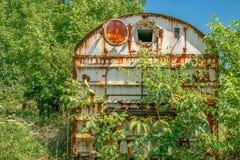 Derelict oxidado idoso do vagão railway foto de stock royalty free