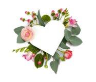 Derida su con i fiori e l'area di spazio della copia di forma del cuore Immagini Stock