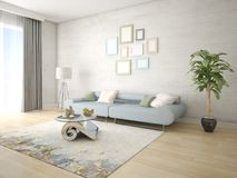 Derida su un salone alla moda con un sofà compatto d'avanguardia Fotografia Stock Libera da Diritti
