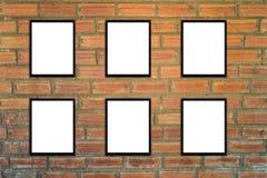 Derida sulla struttura del manifesto e pantaloni a vita bassa o annata del muro di mattoni 3 Immagine Stock