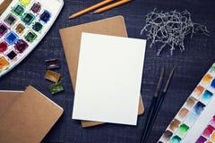Derisione artistica del posto di lavoro su immagine stock