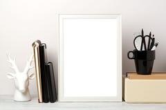 Derisione della pagina su sulla tavola fotografie stock libere da diritti